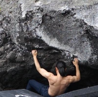 外岩ボルダリング